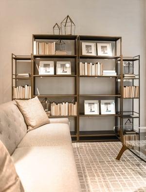 Bookshelf_pexels-photo-1125130