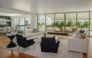 livingroom-who-pays-for-home-staging