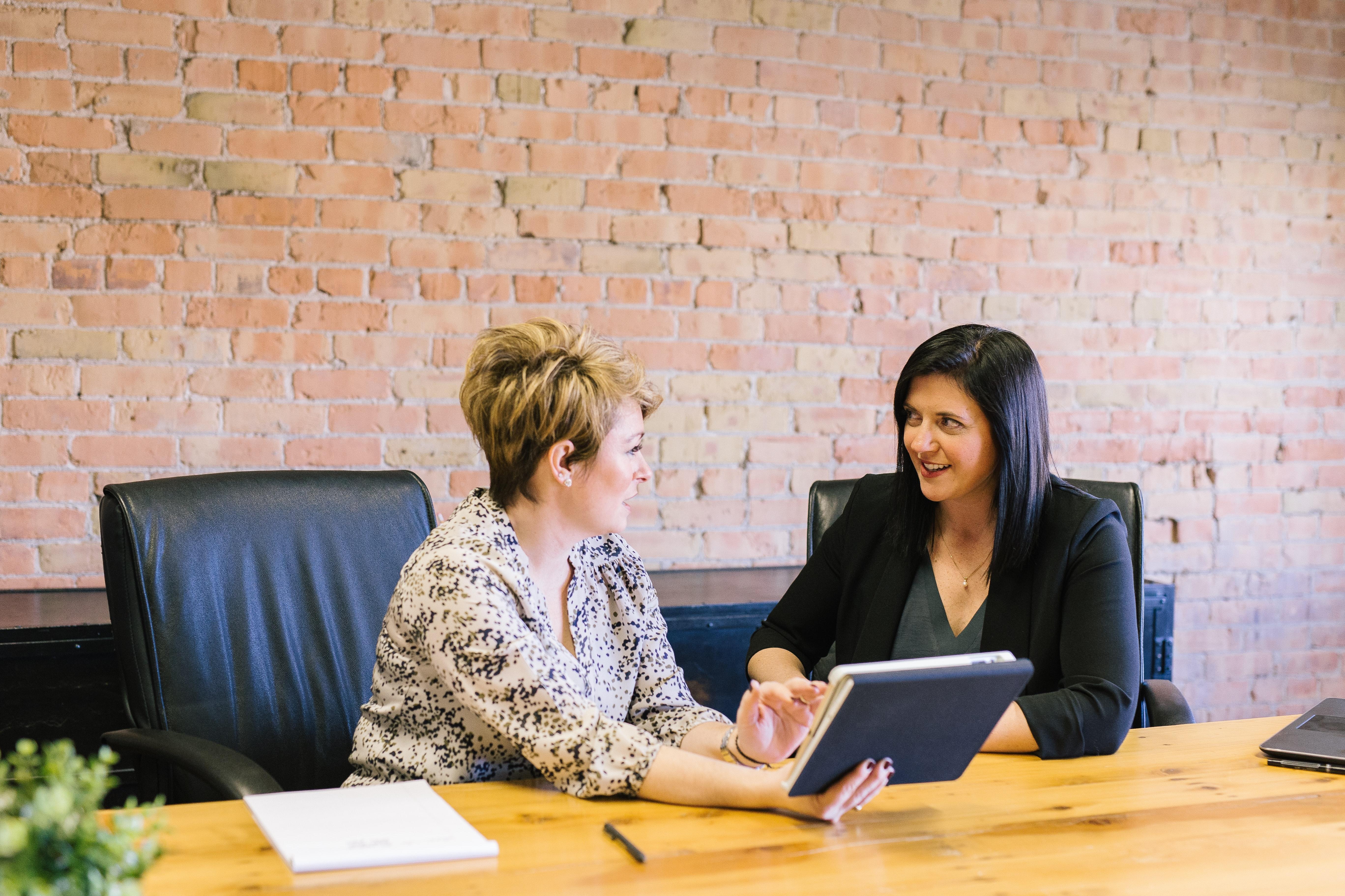 talking-to-FHA203K-loan-officer-about-fixer-upper-financing