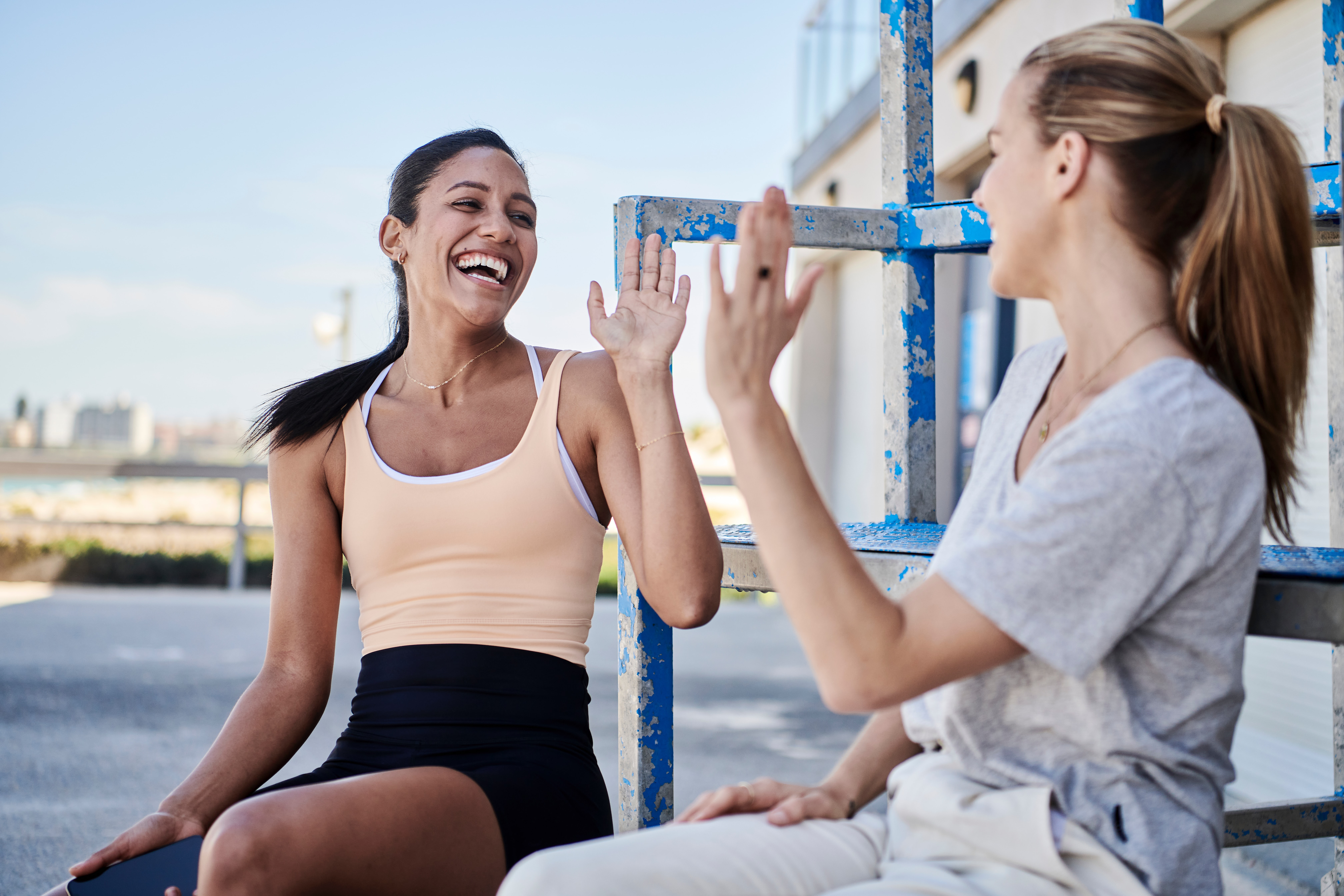 high-five-women-find-a-home-to-buy-2021