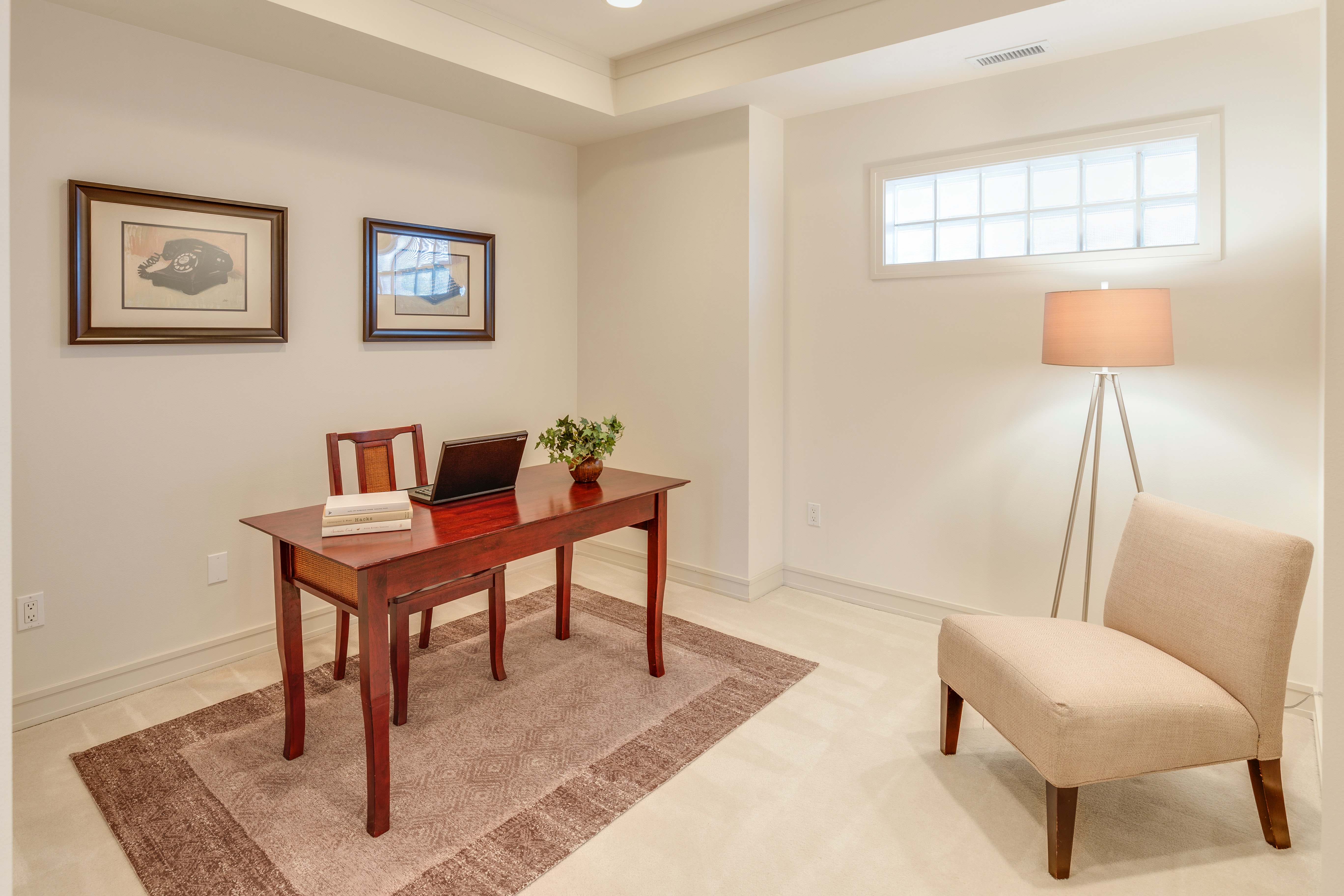 home-office-staging-sell-home