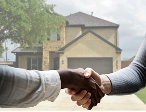handshake-low-ball-offers-accepted-homebuying