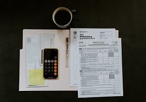 forms-on-desk-tax-deductions-homebuyer