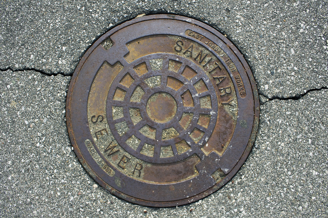 Sewer-vs-Septic-Tank